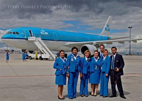 klm cabin crew flight attendants cabin and