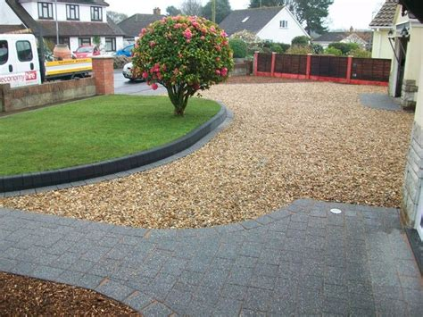 Garden Shingle Ideas The 97 Best Images About Driveway On Pinterest Driveway Paving Driveway Border And Gravel