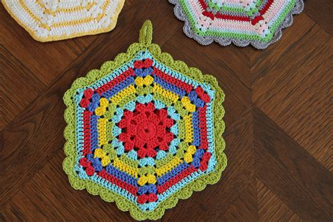 pattern for magic crochet pot holders vintage crochet potholder patterns crochet and knit