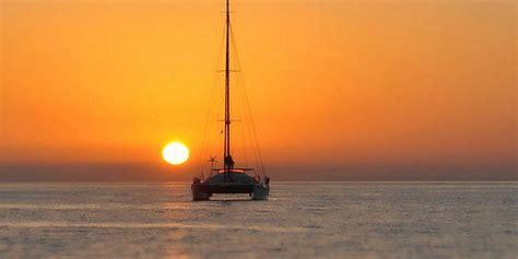 catamaran mauritius coin de mire full day catamaran cruise with a dive at coin de mire