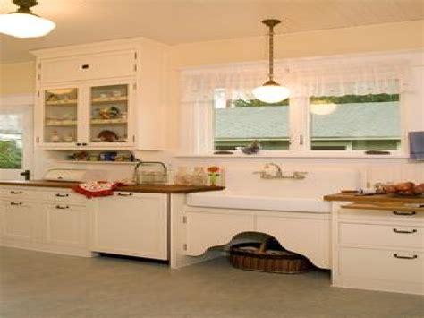 1920s kitchens 1920s farmhouse kitchen 1920 kitchen design ideas 1920s