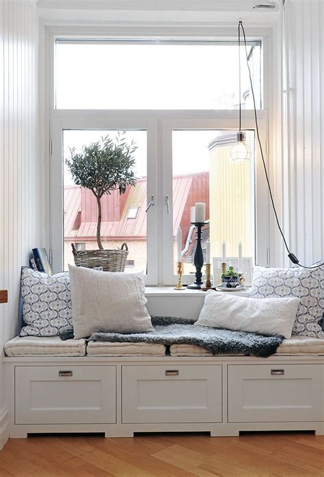 pictures of window seats gravity interior cozy window seat apartment therapy