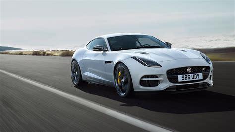 новый спорткар jaguar f type 2019 модельного года фото