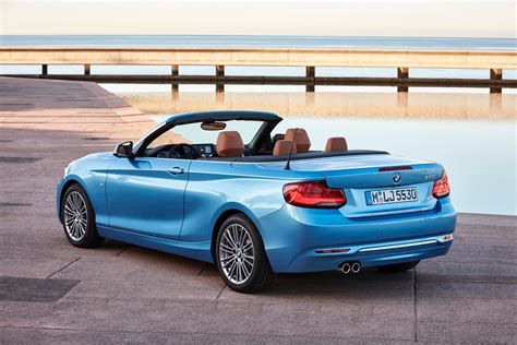 Bmw 1er Coupe Cabrio by World Premiere Bmw 2 Series Coupe And Convertible Facelift