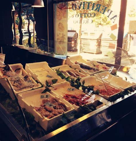 pescheria dei consoli mangiare il pesce a roma in pescheria