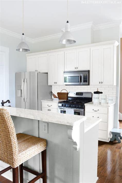 benjamin gray owl bathroom 25 best ideas about gray kitchen paint on