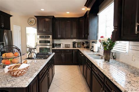 chocolate kitchen cabinets kitchen cabinets chocolate pear quicua