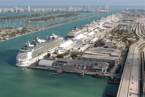 Car Rental Shuttle To Port Of Miami by Executive Sedan Airport Port Everglades