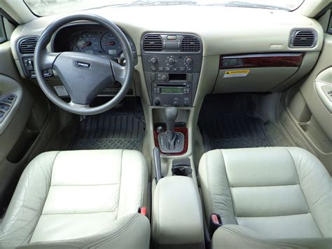 Volvo S40 2004 Interior by 2004 Volvo S40 Pictures Cargurus