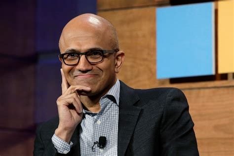 what does microsoft ceo satya nadella look for in new