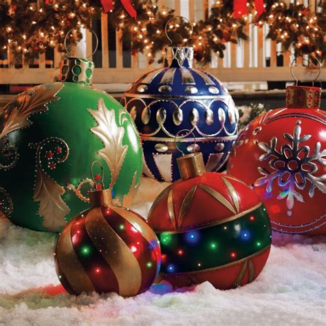lighted outdoor christmas decorations on