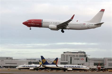 ryanair to offer flights to new york but you ll to go part way with travel news