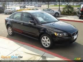 2006 Volvo S40 2 4 I 2006 Volvo S40 2 4i Black Black Photo 3