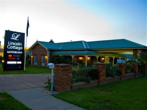 agoda qantas best price on lincoln cottage motor inn in wagga wagga