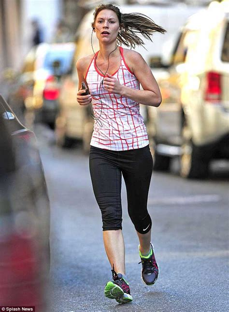 claire danes workout claire danes diet plan and workout routine healthy celeb