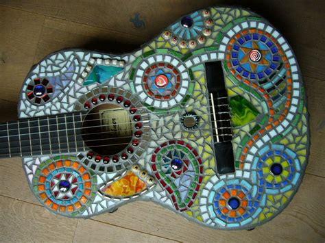 fliesenreste kaufen mosaik gitarre quot hippie quot mosaikhandwerk auf dawanda