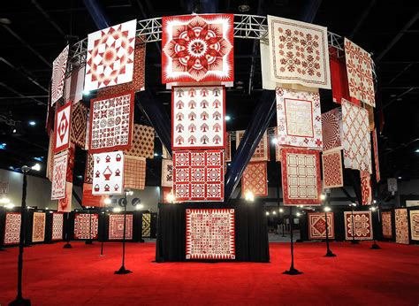 Quilt Show Houston by Quilt Show Celebrates Ruby Jubilee With And White