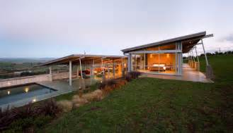 Home Design Stores Nz by Tiered U Shaped Slope Home Features Exposed Steel Elements