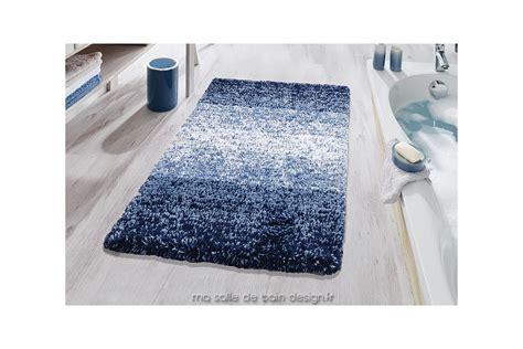 Tapis De Salle De Bain Bleu by Tapis De Bains Moderne En D 233 Grad 233 De Bleu Oslo De Kleine Wolke