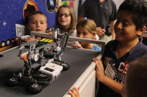 film with robot teachers classroom robotics july 2016