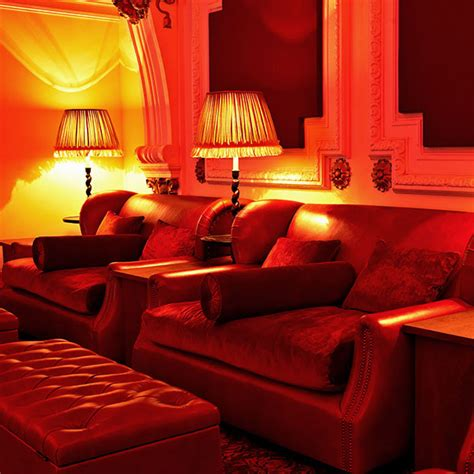 Walton Cinema Sofa by Electric Cinema Portobello