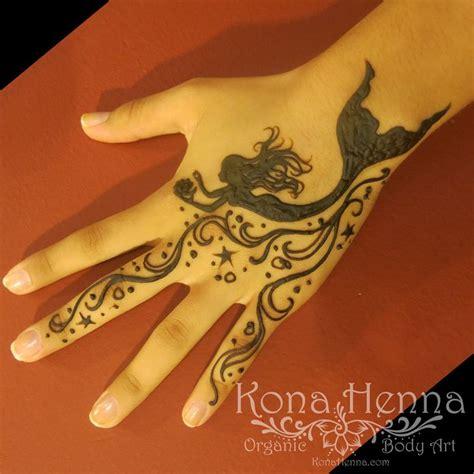 dolphin henna tattoo best 25 henna wrist ideas on