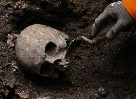 golden retrieval golden retrieval 1 300 year cross found on anglo saxon s to go on
