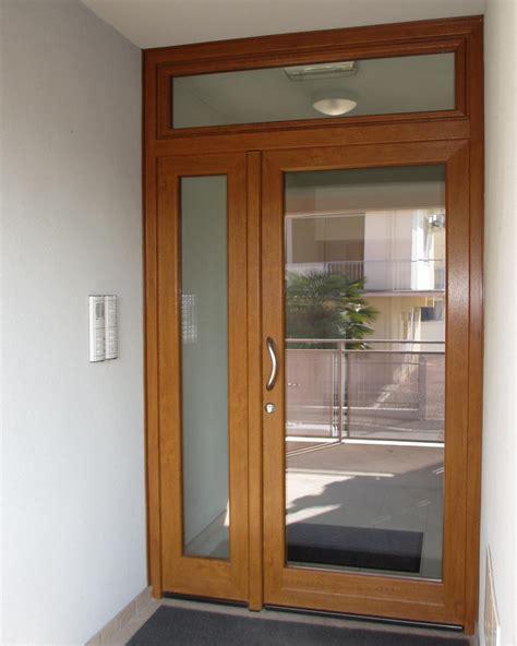 porte d ingresso in pvc porta ingresso vetro jn75 187 regardsdefemmes