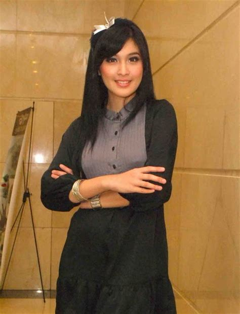 short biography about dewi sartika sandra dewi biography cinemania studio