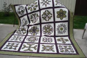 celtic wedding quilt finally done quilt with us