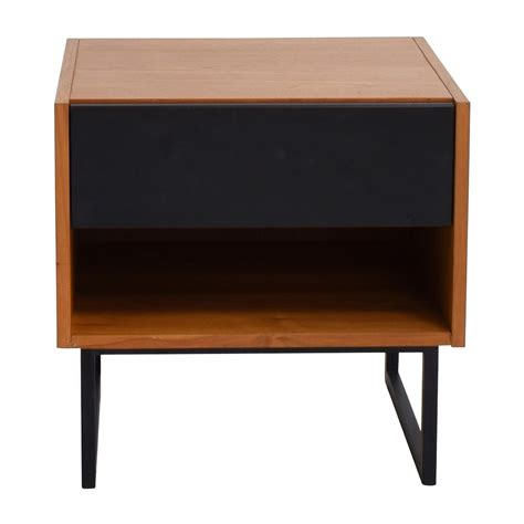 crate and barrel desk 64 off crate barrel crate barrel brown black