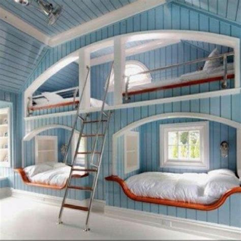 Bunk Beds Built Into Wall Freaking Awesome Room Great For Sleepovers Loft Beds Built Into The Wall Could Also Be