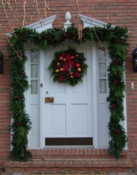 Design House Decor New York christmas front doors