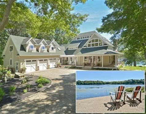 Plymouth Property Records 82 Lake Rd Plymouth Ma 02360 Home For Sale And Real Estate Listing Realtor 174
