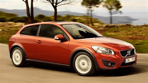 volvo recalls        faulty shift linkages