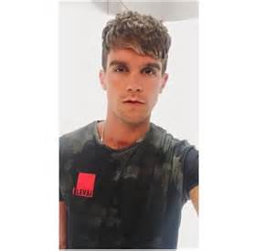 gary beadle hairstyle gary beadle changes his look after charlotte crosby split