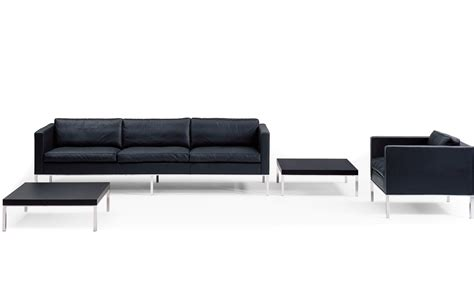 Modern Sofa 905 by 905 3 Seat Sofa Hivemodern