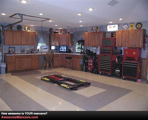 best 20 home workshop ideas on pinterest garage dream garage workshop pilotproject org