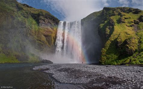 famous waterfalls skyme one world waterfalls of iceland by zare