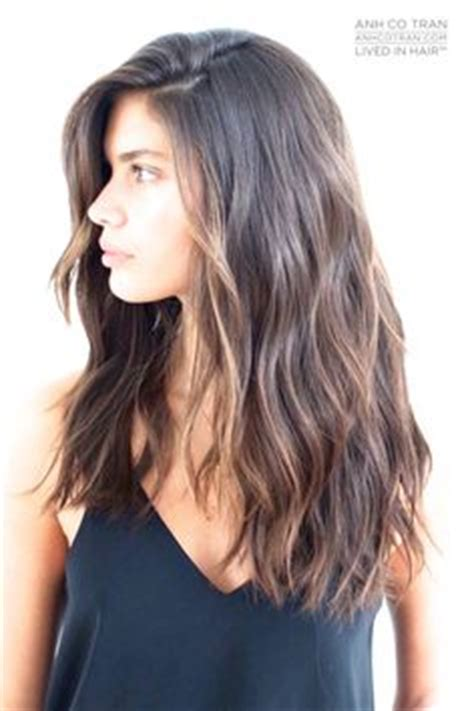 medium leghts womens hair with longer in front and shorter in back thick long hair with choppy cuts hair care pinterest