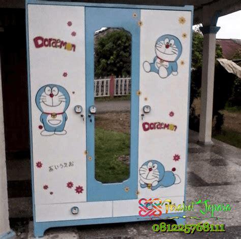 Lemari Plastik Gambar Doraemon Lemari Pakaian Minimalis Anak Doraemon Terbaru Furniture
