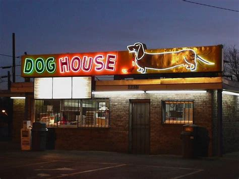 dog house albuquerque albuquerque nm dog house neon sign i saw the sign pinterest
