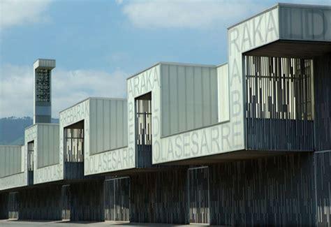 lasesarre football stadium no mad archdaily cercasi texture particolare per facciata