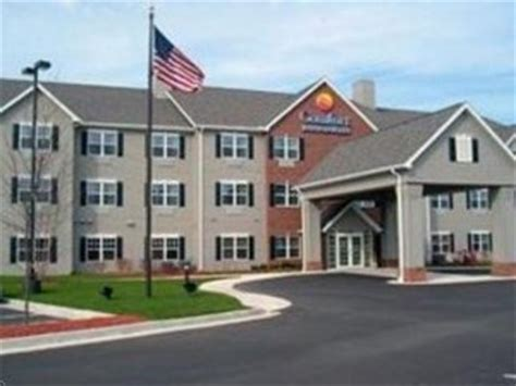comfort inn clinton ms comfort inn suites fulton deals see hotel photos