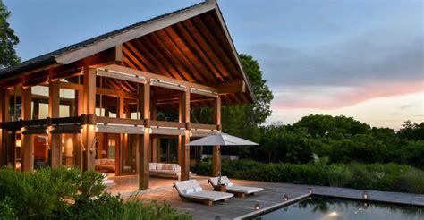 5 bedroom beach house 5 bedroom luxury beach house for sale parrot cay turks