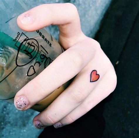 Finger Tattoo Zum Kleben | der neuste schrei finger tattoo 65 tattoo motive zum