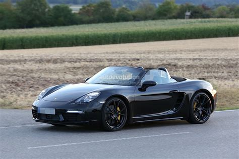 porsche boxster 2017 2017 porsche boxster facelift revealed in latest spyshots has cayenne like taillight graphics