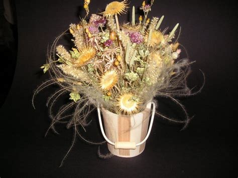 centrotavola fiori secchi centrotavola fiori secchi fiori secchi creare un