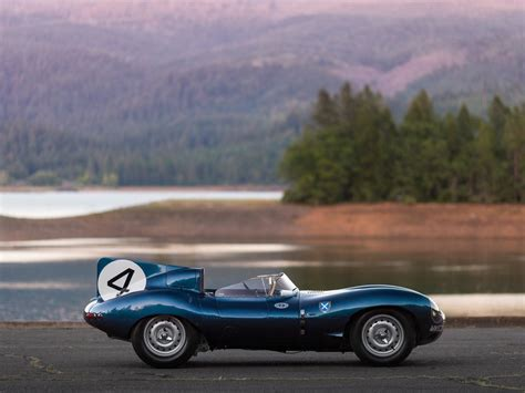 Avis Car Types Uk by Le Mans Winning Jaguar D Type Sets Record Price For