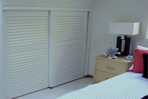 Louvered Wardrobe Doors louvered sliding closet doors many kinds of louvered